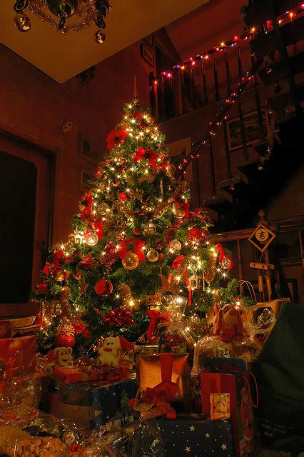 beautiful decorated christmas tree pictures photos and
