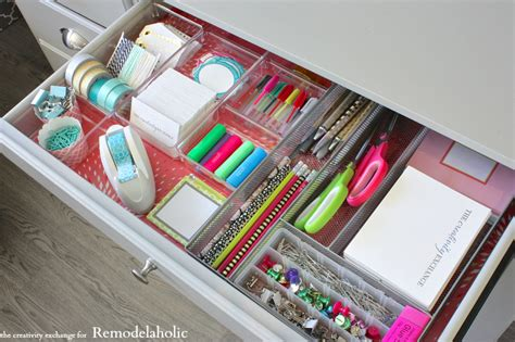 organizing a desk remodelaholic tricks for organizing desk drawers
