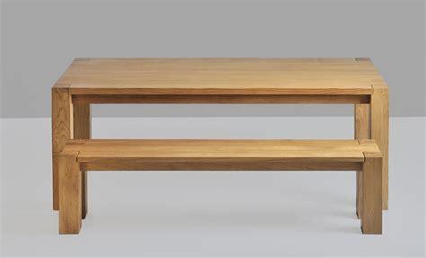 tisch mit sitzbank sitzbank aus holz die bank taurus vitamin design