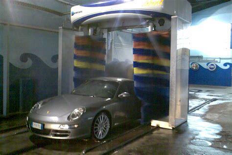 lavaggio interni auto torino autolavaggio servizi