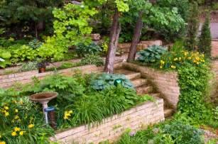 Leveling A Sloped Backyard 27 Backyard Retaining Wall Ideas And Terraced Gardens