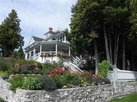 mackinac island cottage rentals historic west bluff cottage and carriage vrbo