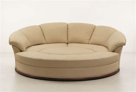 rundes schlafsofa sofa covered in leather modular idfdesign