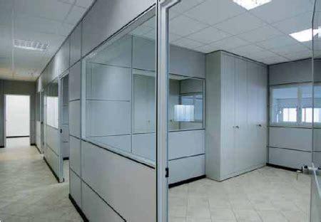 pareti attrezzate uffici uffici con pareti mobili componibili con pareti in vetro