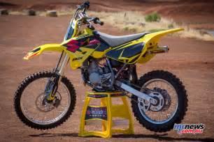 Suzuki 85cc Dirt Bike Suzuki Update Rm85 Bonus Race Kit Mcnews Au