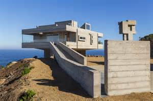 Fortress Like House Is A Holiday Retreat By Gubbins Blue Modern Concrete House Plans