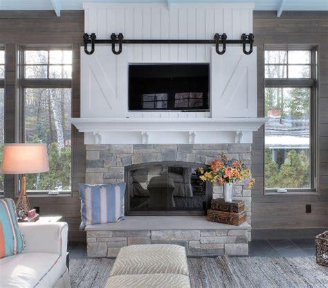 sliding barn door tv cover interior design ideas home bunch interior design ideas