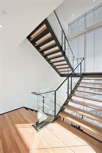 Stair Treads Melbourne by Cremorne Apartments Melbourne Black Steel Stringers