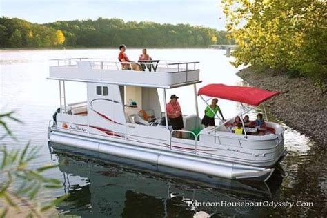 best pontoon boats for families the 25 best pontoon boating ideas on pinterest pontoon