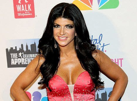 does teresa giudice have hair extensions her hair hair care products and long hair on pinterest