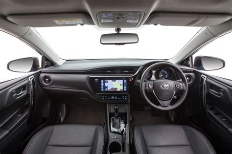 2015 Corolla Interior by 2015 Toyota Corolla Hatch Revealed Car News Carsguide 2017