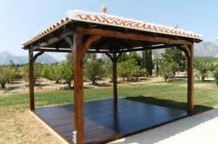 Solid Roof Pergola by Solid Pergola With Pitched Tile Roof Garden Pinterest
