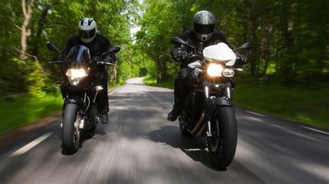 Motorradfahren Holland by Motorradfahrer Kennzeichen Bald Auch Vorne