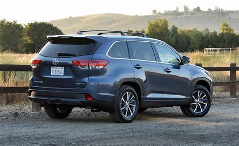 Blue Toyota Highlander The Spousal Report 2017 Toyota Highlander Ny Daily News