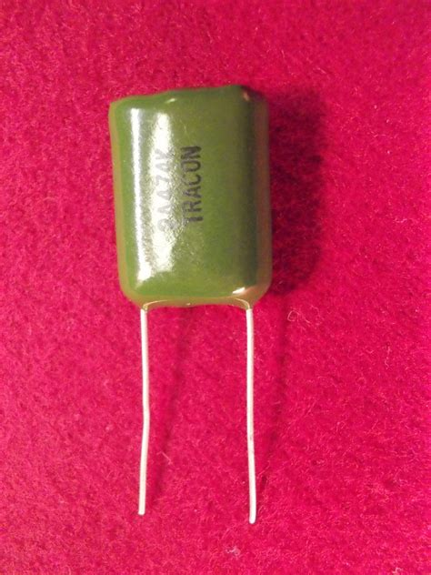 polyester capacitor definition define radial capacitor 28 images smd electrolytic failure 470uf electrolytic capacitor