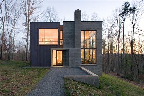 Celebrating Residential Architecture: #HouseoftheDay ... W G Clark