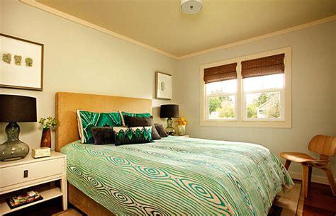 shades  green   modern home
