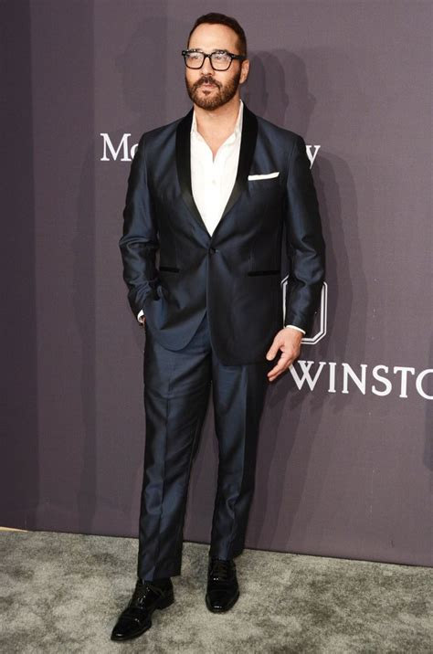 Piven Prefers Taking To Carpet Events by Amfar New York 2017 Gala Carpet Arrivals Picture 20