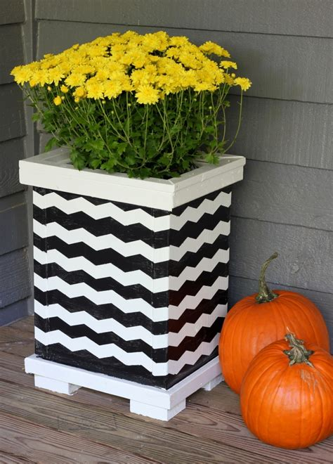 light up planters diy 20 fabulous upcycled planters erin spain