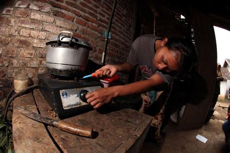 Latar Belakang Pupuk Kandang Sapi program biogas rumah yayasan rumah energi