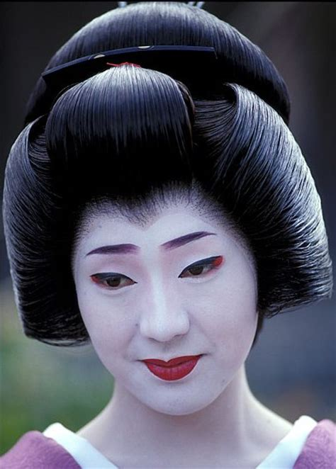 geisha hairstyles ŧhe oincidental 208 andy the intricate hairstyles of geisha