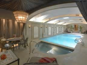 Pool House Junkies by 17 Best Images About Swimming Pools Mansions On Pinterest