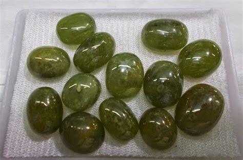 Green Safir batu permata safir batu permata martapura kalimantan selatan