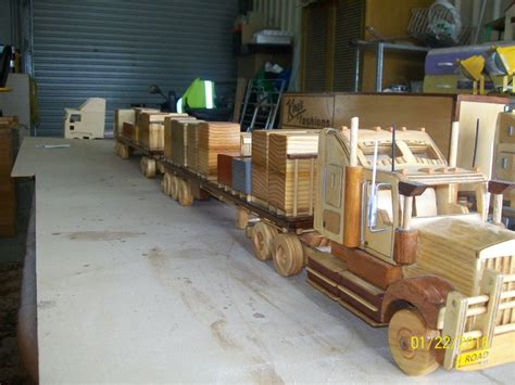 aussie designed built wooden model big rigs road