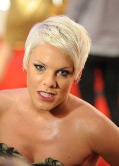 singer pink short hair hairstyles on pinterest pink hairstyles singers and
