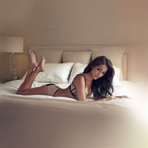 sexy girl on bed hf76 melanie iglesias sexy model bed papers co