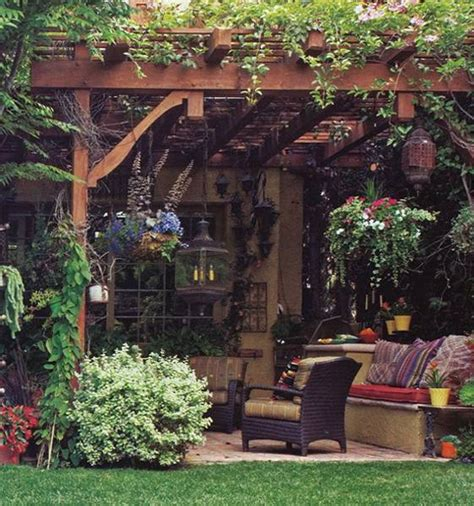 Backyard Decor by 22 Backyard Patio Ideas That Beautify Backyard Designs