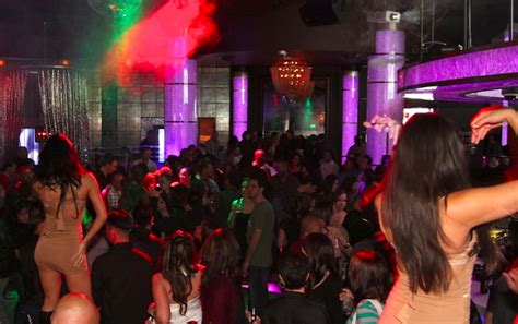 top bars in phoenix best nightclubs in scottsdale and phoenix airia at wild
