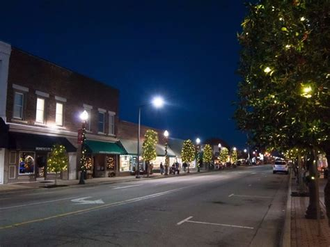 benson nc christmas lights 5 most amazing christmas towns in north carolina