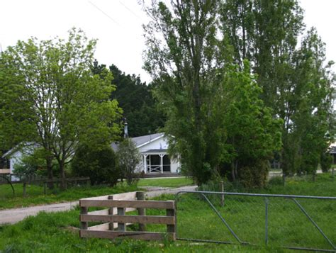 who is the vendor when buying a house southern dairy farm for sale in southern new zealand