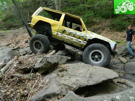 jeep rock buggy xj rock crawler rock buggy tons linked warrior run