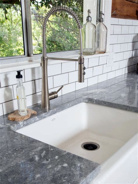 Photos Hgtv S Fixer Upper With Chip And Joanna Gaines Hgtv Chip Gaines Concrete Countertops