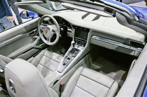 new porsche 911 interior 2014 porsche 911 targa first look motor trend