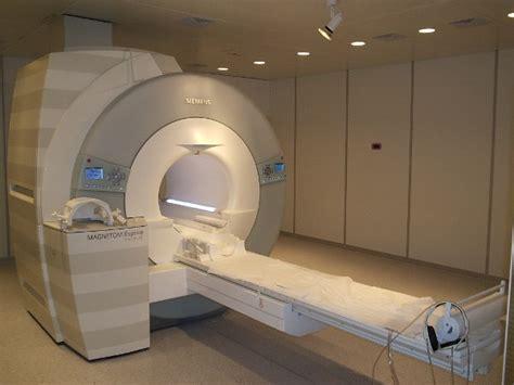 risonanza magnetica con mezzo di contrasto alla testa 316 giorni per una risonanza magnetica noitv