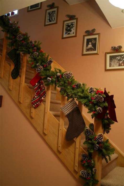 cmo decorar tu casa para la navidad ehow en espaol adornos de navidad con pi 241 as fotos adornos con pi 241 as