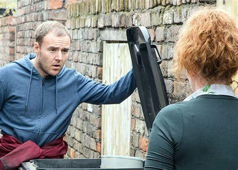 Coronation Street Hair Transplants | has coronation street actor alan halsall had a hair
