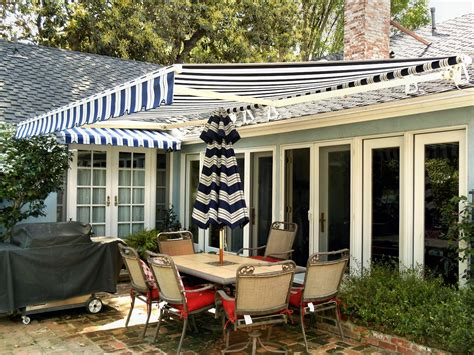 sunbrella retractable awning sunbrella retractable awning dining outdoor jacshootblog