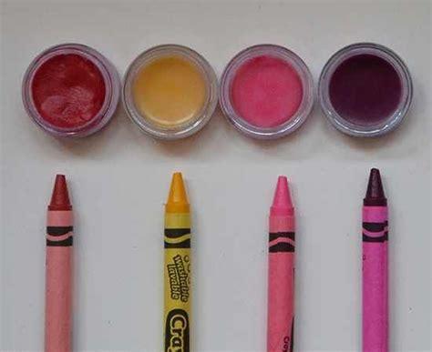 Lipstik Vaseline lipstick using melted crayons and vaseline sweet