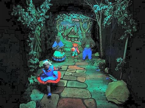 Rock City Garden Goldilocks In Fairyland Picture Of Rock City Gardens Lookout Mountain Tripadvisor