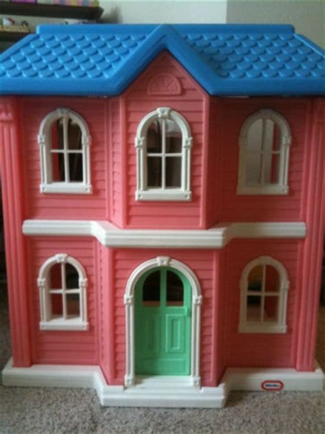 little tykes doll house 18 best little tikes toys images on pinterest preschool toys childhood memories and