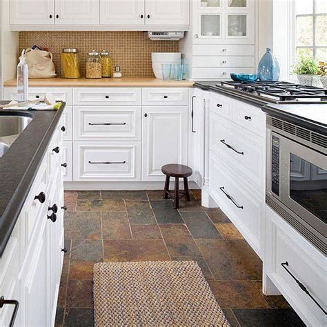 kitchen flooring idea 1000 ideas about slate kitchen on slate floor