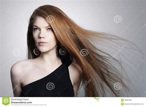 young latinas with grey hair sexig ung kvinna med r 246 tt h 229 r f 246 r scatter