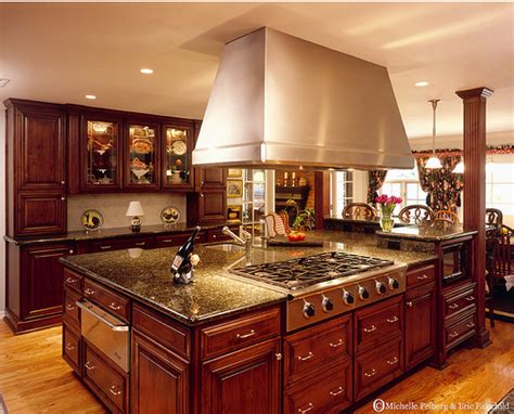 tuscan kitchen islands pictures of old world kitchens old world kitchen zimbio