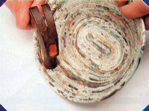 como hacer cestas de papel de periodico diciembre 2013 manualidades en papel