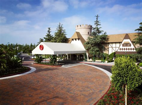 Sheraton Garden Grove Anaheim Ca Deals We Like Pay Your Birth Year At Starwood Hotels