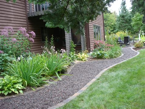 landscape ideas using gravel forms loose gravel walkways
